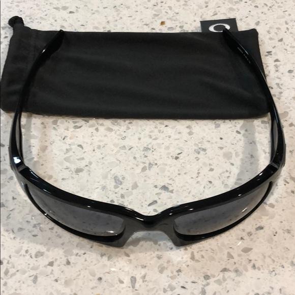 cfcc6f081d Oakley (4+1) squared...sunglasses excellent cond. M 5b1429aff63eea0c5da58834